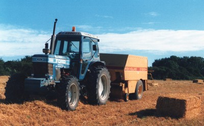 Big square baling (early 1980s)