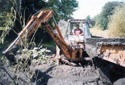 Case 580G Excavator (late 1980s)