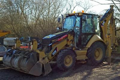 CAT 432E backhoe loader