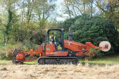 Ditch Witch HT115 with vibratory plough