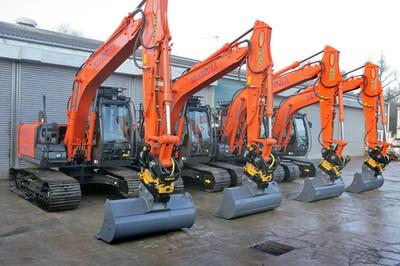 Hitachi ZX130LCN-5B excavators with Engcon