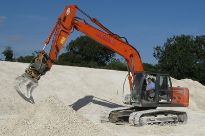 Hitachi ZX180LC excavator with Engcon attachment