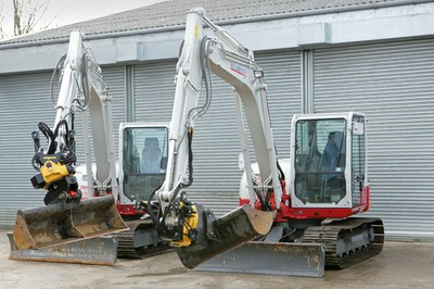 Takeuchi TB285 excavators with Engcon attachments