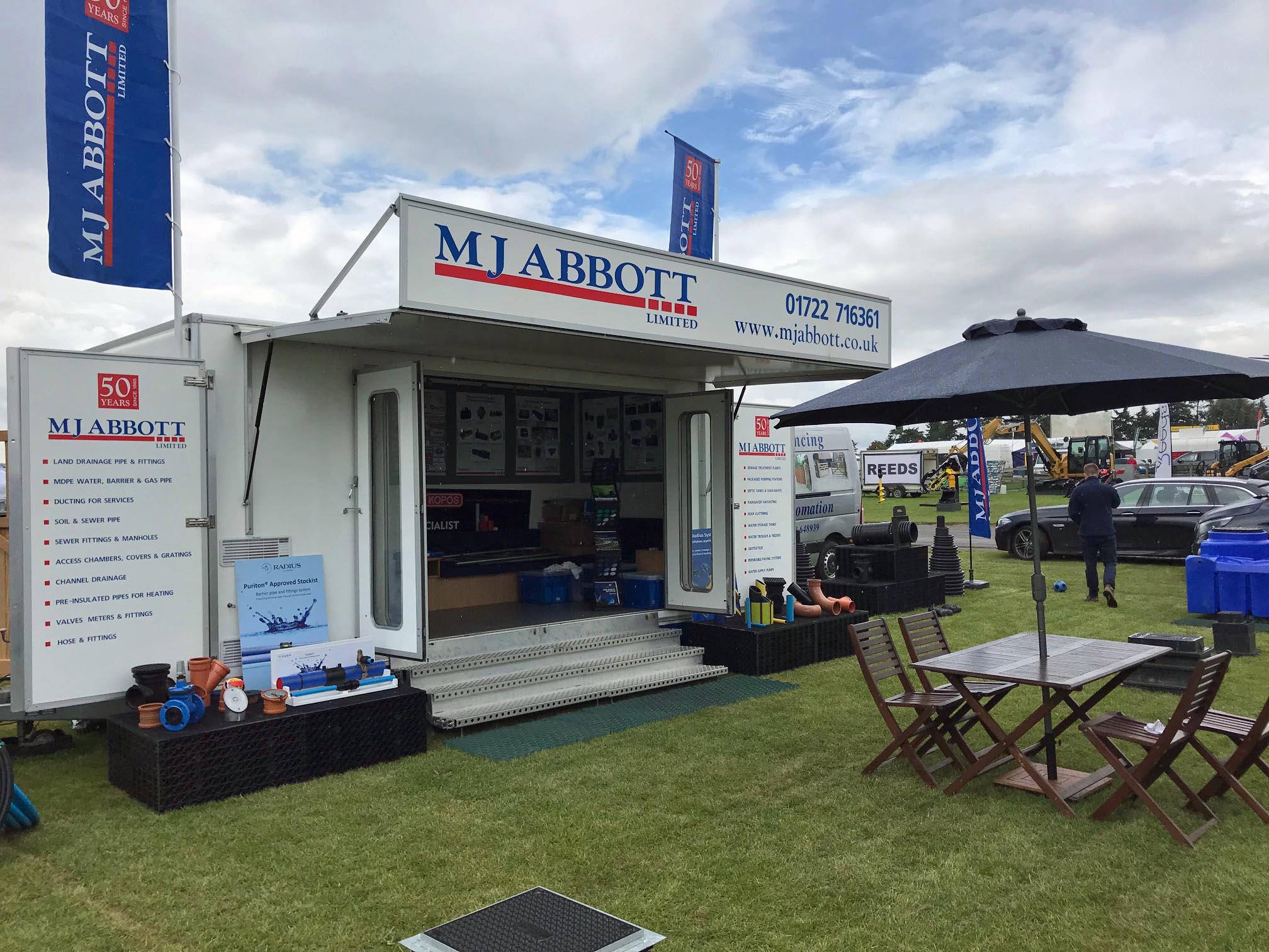 MJ Abbott sales team set for busy summer show season in 2018