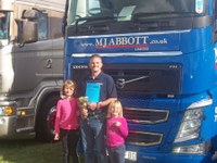 MJ Abbott's Jon Cox collects award at Wessex Truck Show