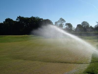 Practice putting green irrigation