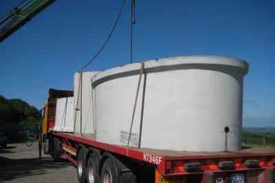 Unloading reservoir