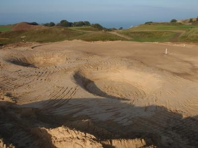 New 12th Green and bunkers