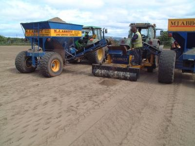 Secondary drainage - forced sand slitting at 750mm centres
