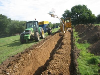 Primary drainage installation