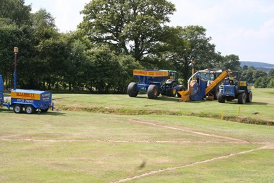 Laser controlled primary drainage installation