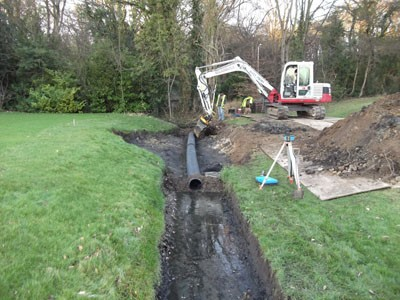 Temporary pipe installation for managing water flow
