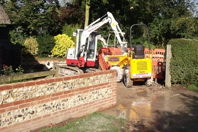 Removal of spoils by mini excavator and dumper