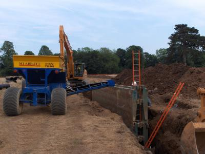 Installation of deep carrier drainage