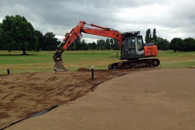 Re-soiling green surrounds